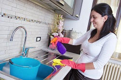 Hiring A Domestic Cleaning Service For Your Move Out Clean